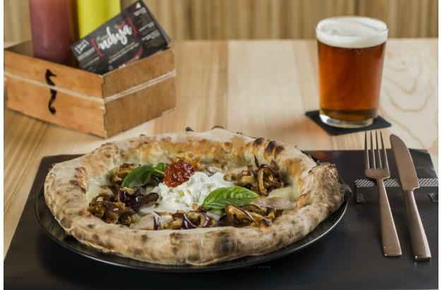 Pizza alla norma con Nduja di Spilinga